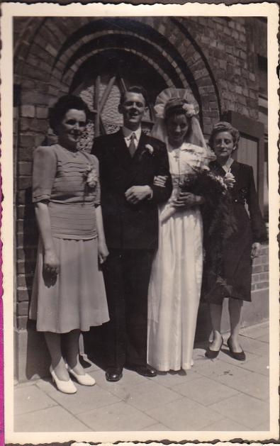 Frank Lydia wedding w mothers